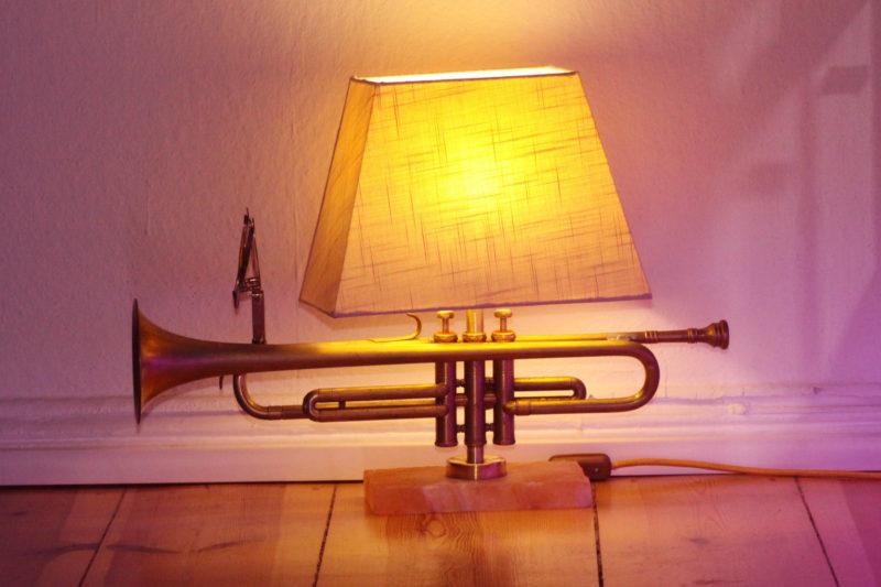 Trompetenlampe Tischlampe Vintage Design Handmade Einzelstück